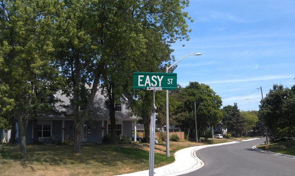 Easy Street Richmond Hill Ontario