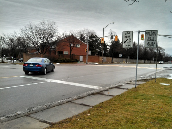Legal Left Turn On Red Thornhill Ontario Canada